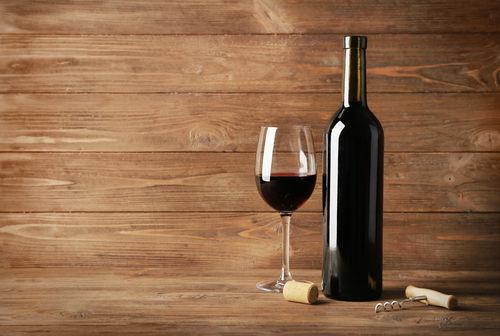 開封後のワインの保存は冷蔵庫へ