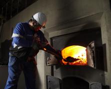 「余市」の魅力は、創業以来の「石炭直火蒸溜」による香ばしさ
