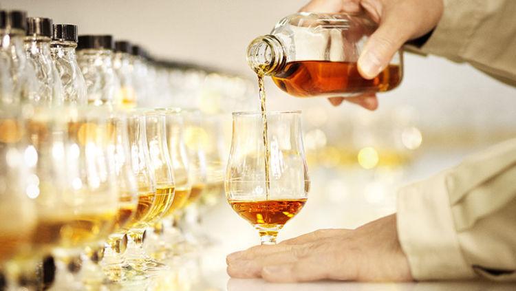 「響」に結実した、サントリーに受け継がれてきたブレンデッドウイスキーの歴史