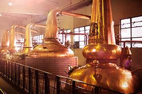 「響」の芳醇な味わいは、3つの蒸溜所の個性が融合して生まれたもの