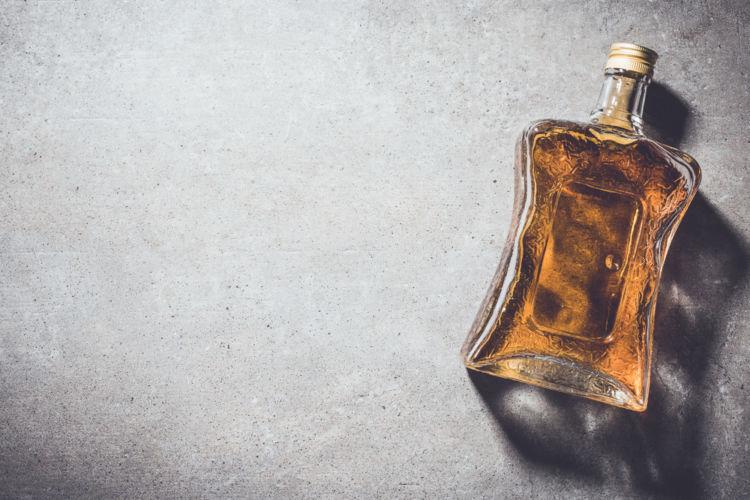 ハーフボトルでもっと手軽にウイスキーをたのしもう!