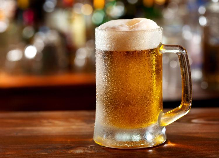 生中の量ってどのくらい?知っておきたいビールジョッキのサイズ