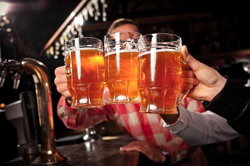 ビールのジョッキ量も値段もお店によって違う