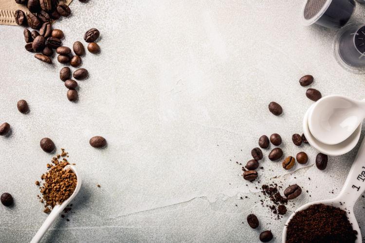 コーヒー焼酎がブーム!コーヒー焼酎の魅力と作り方