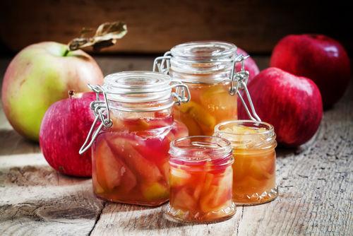 ウイスキーのりんご漬けを作る際は酒税法に注意