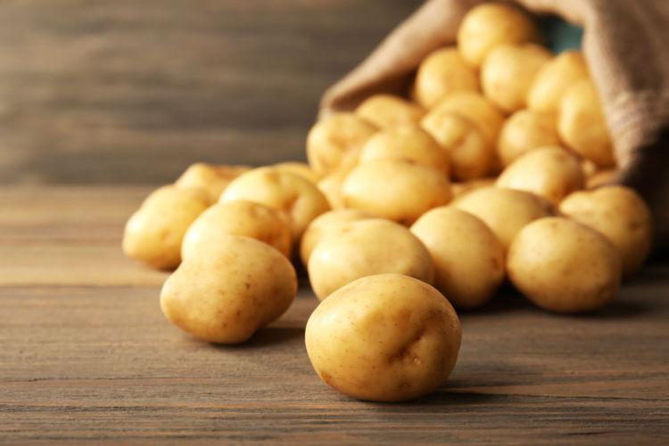 長崎の焼酎【じゃがたらお春】長崎県産の馬鈴薯を原料とした本格じゃがいも焼酎
