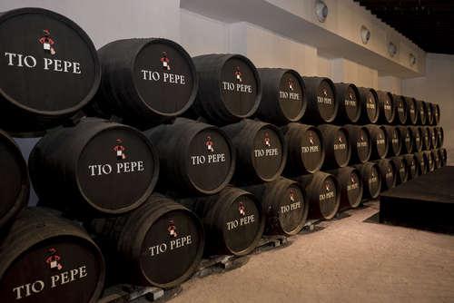 ワインにブランデーを加える?! シェリー酒の製造方法とは