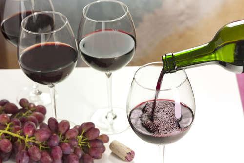 ワインを味わうための適温は?赤ワインと白ワイン、季節に合った美味しさを