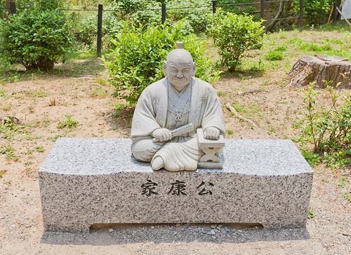 「二兎」の蔵元には地元岡崎の英雄にちなんだ銘柄も多数