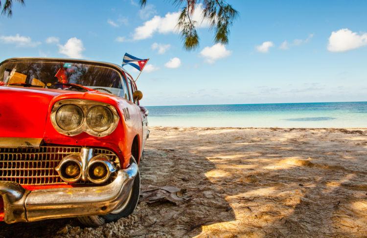 キューバの独立を祝うカクテル