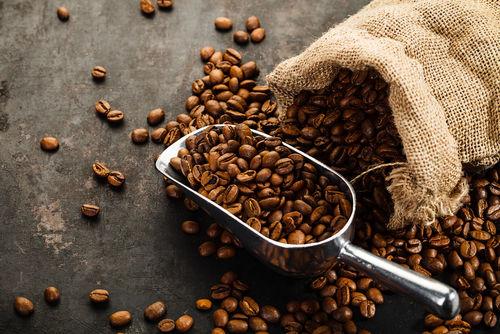 コーヒーリキュールは世界で愛されるほろ苦いお酒