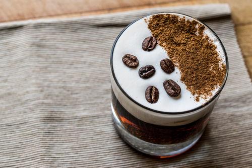 コーヒーリキュールのバリエーション豊かな味わい方