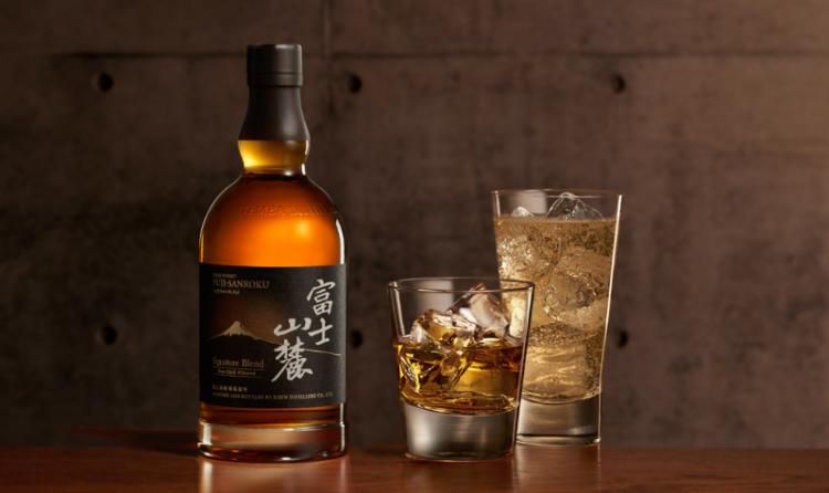 「富士山麓」は国境を越えた蒸溜技術が結実したブレンデッドウイスキー