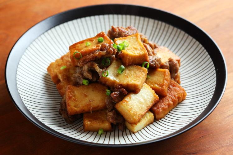 おつまみにも、ご飯にも合うボリュームおかず「豚と厚揚げの生姜焼き」