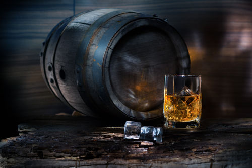 ウイスキーの熟成が放つ香り「エステリー」
