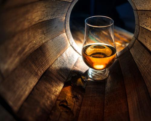 ウイスキー樽由来の香り「ウッディー」