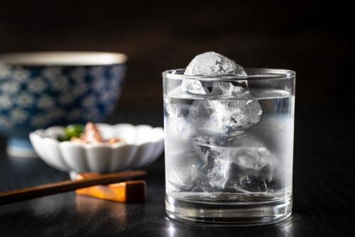 日本酒の蔵元がすすめるおいしい割り方