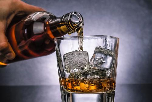 """ウイスキーの水割りは好みの""""濃さ""""でたのしもう!"""