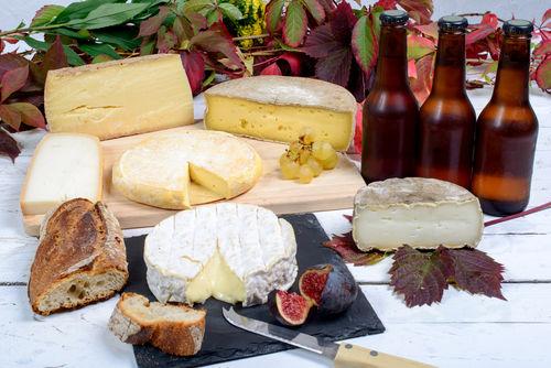ビールのスタイルによって異なるチーズのたのしみ方