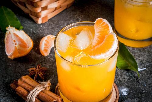 定番の柑橘系カシスカクテル