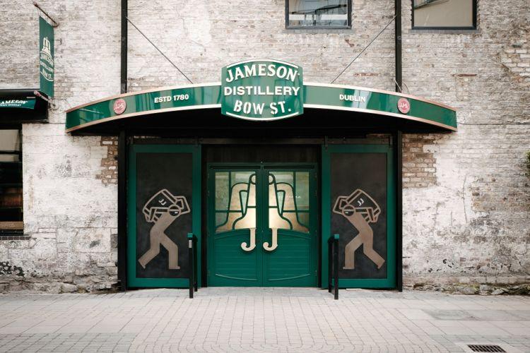 「ジェムソン」は2世紀半近い歴史を誇るアイリッシュウイスキー