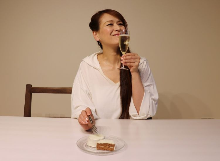 白のやや甘口スパークリングワイン