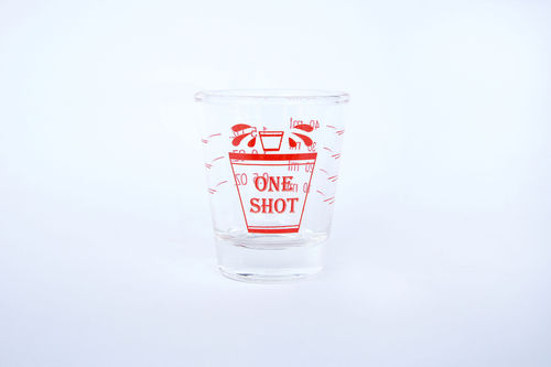 ウイスキーの計量カップはどう活用する?