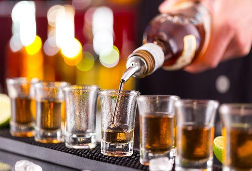 ウイスキーを注ぐ量を量る「ポーラー」