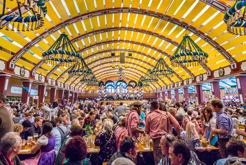 ビールの祭り「オクトーバーフェスト」とは