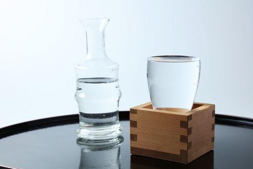 日本酒に醸造アルコールを加える理由
