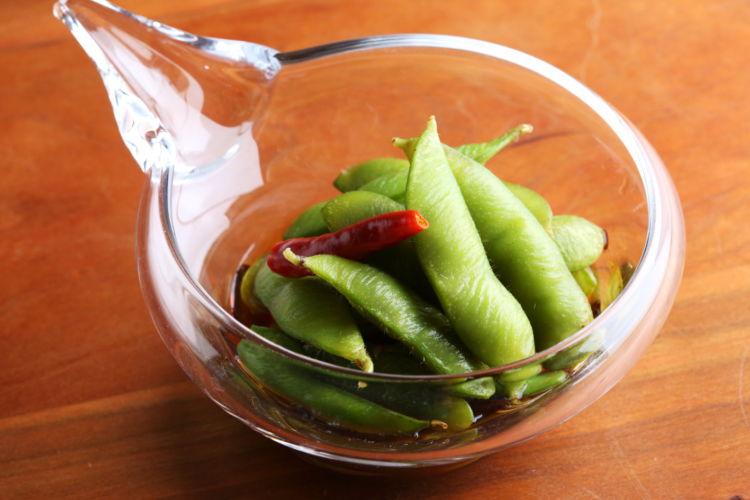 暑い季節に作り置きしておきたいおつまみ「ひたし枝豆」