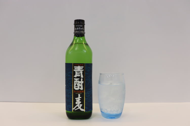 【芳醇な麦の香ばしい香りと、コクのある味わいが特徴 青酎(あおちゅう) 麦(青ヶ島酒造)】